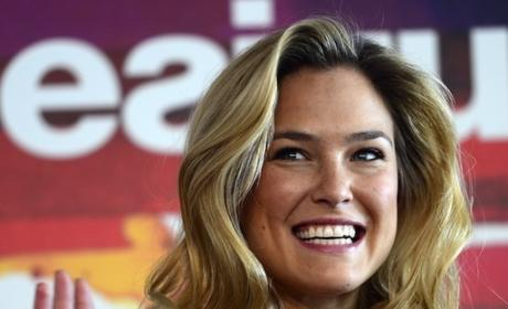 Bar Refaeli: Nude in Maxim!