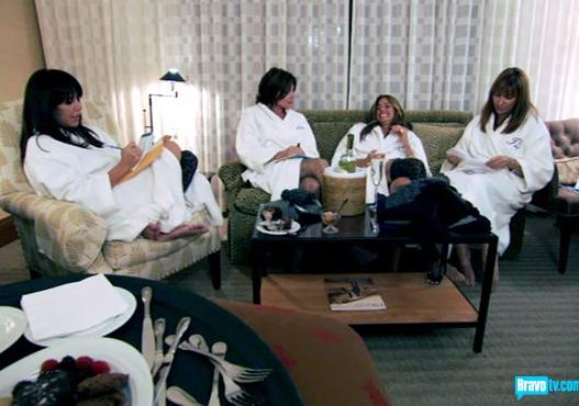 Housewives at the Spa