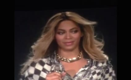 Beyonce Completes Mrs. Carter World Tour, Breaks Down on Stage