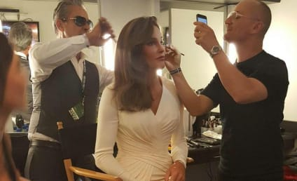 Caitlyn Jenner Gives Props to #GlamSquad in New Photo