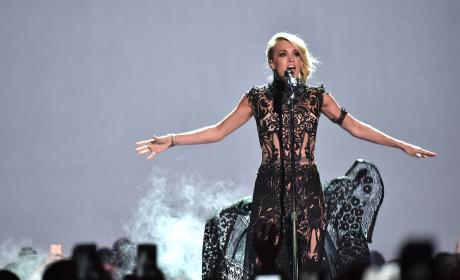 Carrie Underwood Slays at CMT Awards