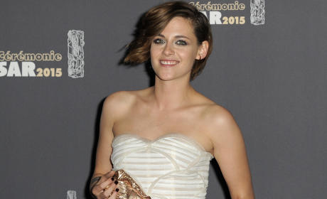 Kristen Stewart: All Good with Robert Pattinson Engagement!