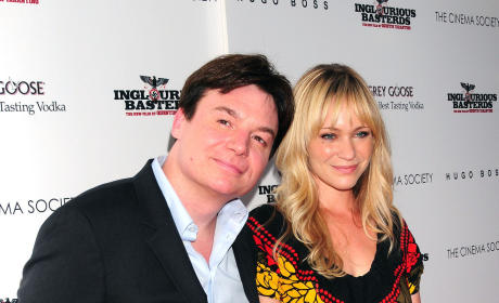 Mike Myers and Kelly Tisdale: Expecting!