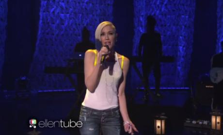 "Gwen Stefani Performs ""Used to Love You"" on Ellen"