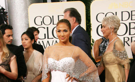 Who looked sexier at the Golden Globes: J. Lo or JLH?