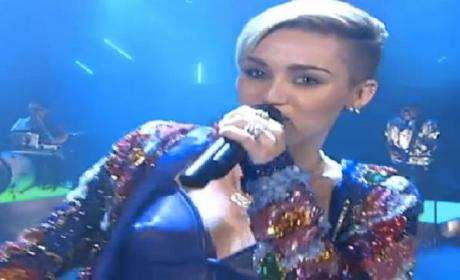 Miley Cyrus Dances with Twerking Dwarfs on German TV Show