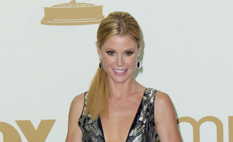 Emmy Awards Fashion Face-Off: Julie Bowen vs. Julianna Margulies