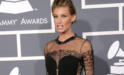 "Faith Hill at ""Unhealthy Weight,"" Expert Says"