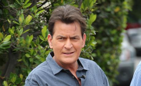 "Dr. Oz: Charlie Sheen Feels ""Cleansed"" After Reveal"