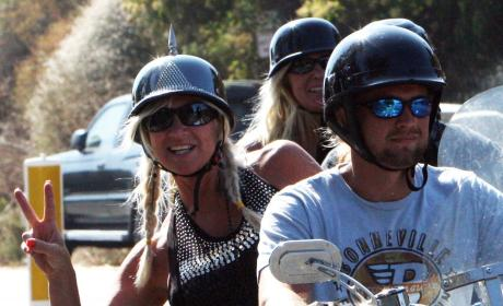 Linda Hogan & Charlie Hill: Off to Relationship Rehab!