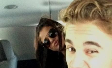 Selena Gomez and Justin Bieber Snap Selfie, Continue Romantic Reconciliation