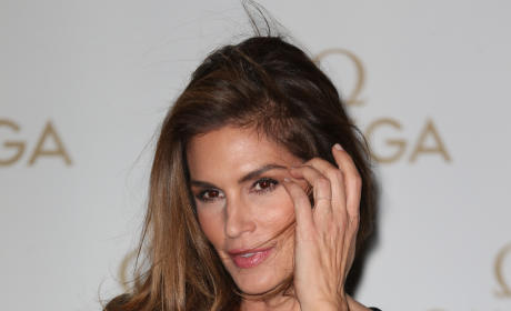Cindy Crawford Red Carpet