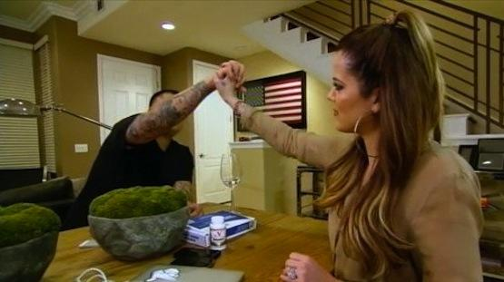 Khloe Gets Props on Keeping Up