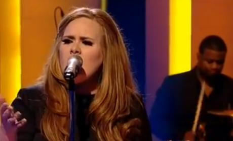 Adele Tops Best-Selling Albums of 2011