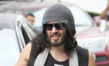 Russell Brand Accused of iPhone Flinging, Window Breaking