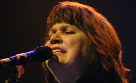 Linda Ronstadt Has Parkinson's Disease