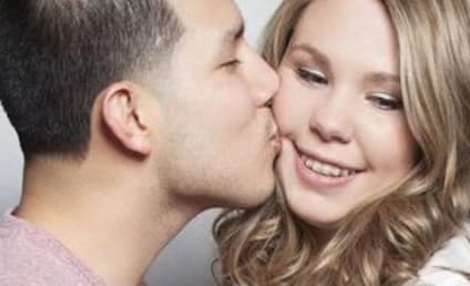 Kailyn Lowry SLAMS Javi Marroquin For Cheating on Twitter!