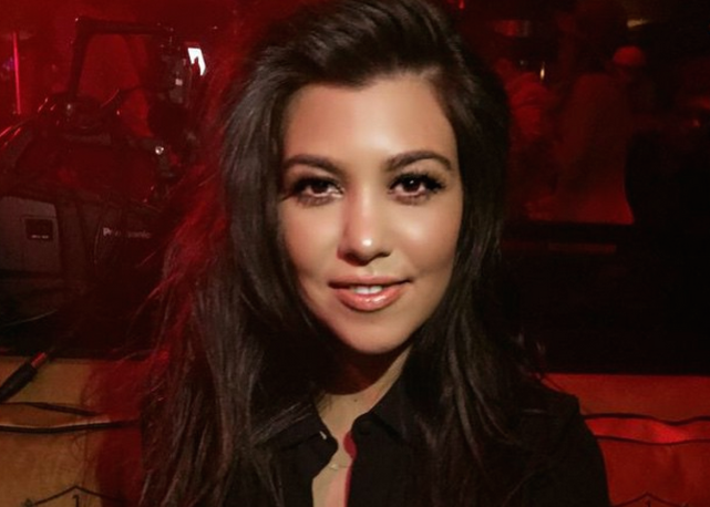 Kourtney Kardashian Up Klose