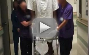 Lamar Odom Learns to Walk