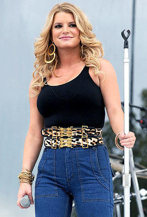 is jessica simpson too fat   the hollywood gossip