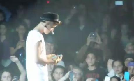 Justin Bieber Snaps iPhone Pics in Concert, Gets Sort of Mad at Fans