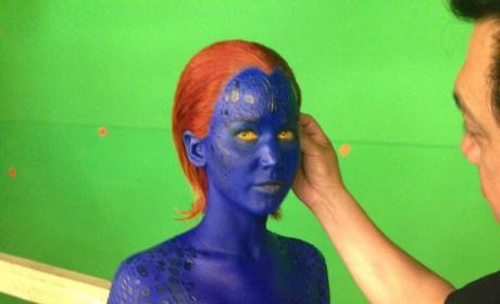 X-Men: Days of Future Past Set Pic Shows Jennifer Lawrence in Full Mystique Makeup