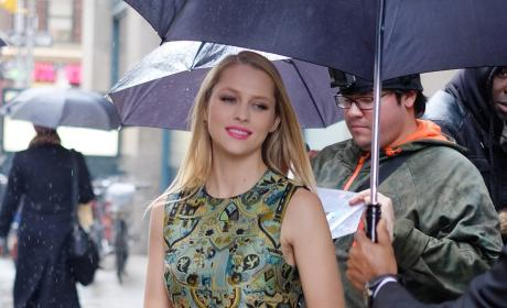 Teresa Palmer Stops by Huffington Post's Offices