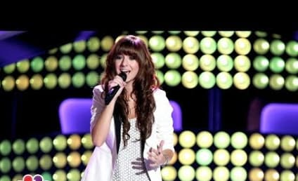 "Christina Grimmie ""Wrecking Ball"" Cover Wows The Voice Coaches: Watch Now!"