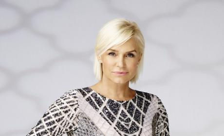 Yolanda Foster: Press Shot For 'The Real Housewives of Beverly Hills