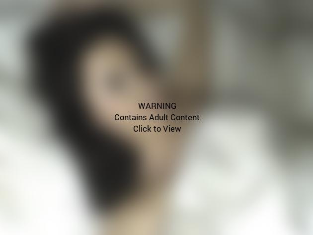 Demi Lovato: Naked in Bed