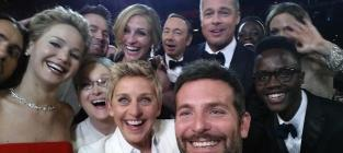 47 Super Celebrity Selfies