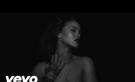 "Rihanna ""Kiss It Better"" Music Video: HOT STUFF!"