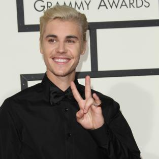 Justin Bieber at 2016 Grammys