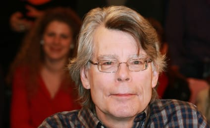 "Stephen King Apologizes for ""Palpable Bitchery"" Tweet Regarding Dylan Farrow Scandal"
