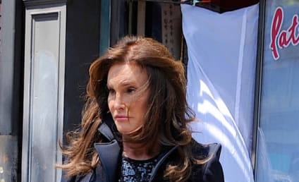 Caitlyn Jenner Struts Around NYC in Stylish Short Skirt