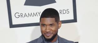 Usher at 2015 Grammys