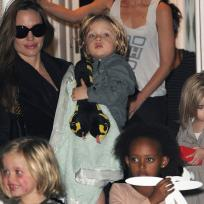 Angelina Jolie, Kids