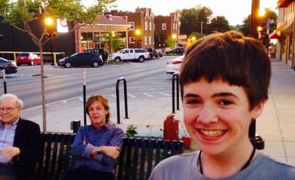 Kid Snaps Unexpected Selfie: Hey, That's Paul McCartney and Warren Buffett!