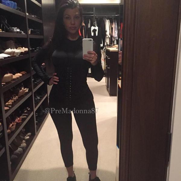 Kourtney Kardashian Waist Photo