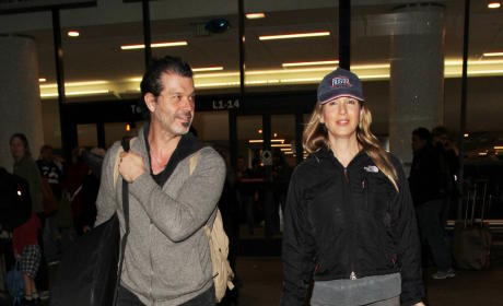 Renee Zellweger and Doyle Bramhall Arrive at LAX