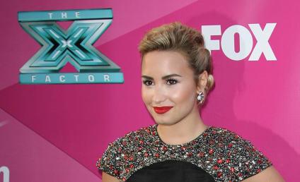 Demi Lovato vs. Britney Spears: Fashion Face-Off!