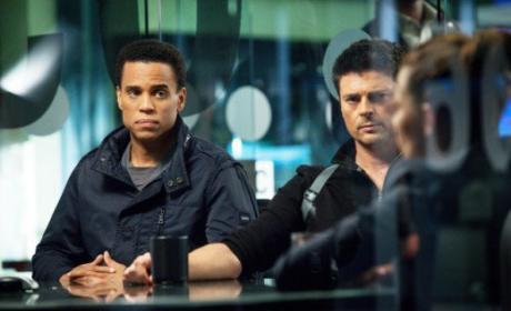 Watch Almost Human Online: Season 1 Episode 6