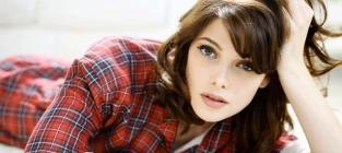 Pretty Ashley