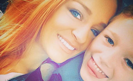 Maci Bookout, Son Survive Horrible Car Crash; Newborn Baby Also Unharmed