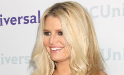 Jessica Simpson Gives Birth to Baby Girl!
