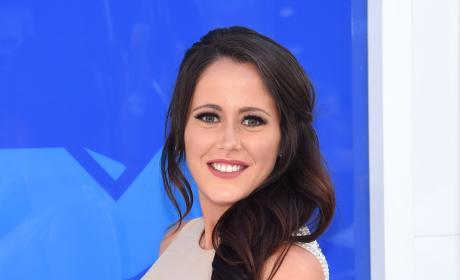 Jenelle Evans: Baby Bumpin!