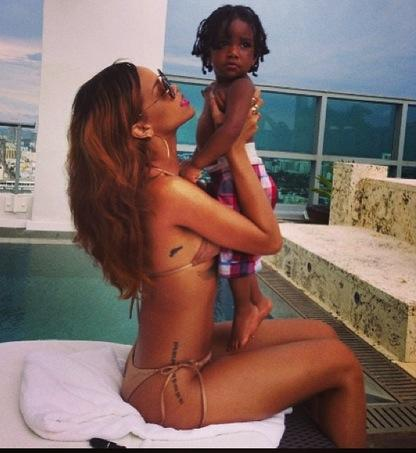 Rihanna, Child
