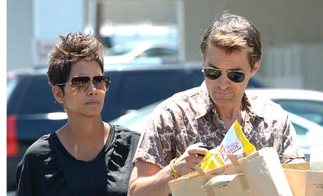 Halle Berry and Olivier Martinez: Expecting a Son!