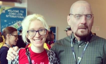 Bryan Cranston Dons Heisenberg Mask, Poses with Unsuspecting Comic-Con Attendees