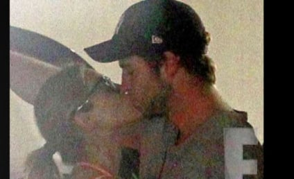 Eiza Gonzalez: Caught Kissing Liam Hemsworth!